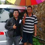 Foto Penyerahan Mobil 2 Sales Marketing Mobil Dealer Daihatsu Semarang Hengki