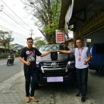 Foto Penyerahan Unit 10 Sales Marketing Mobil Dealer Toyota Purwokerto Danu