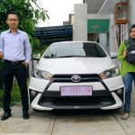 Foto Penyerahan Unit 4 Sales Marketing Mobil Dealer Toyota Purwokerto Danu