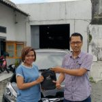 Foto Penyerahan Unit 5 Sales Marketing Mobil Dealer Toyota Purwokerto Danu