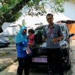 Foto Penyerahan Unit 8 Sales Marketing Mobil Dealer Toyota Purwokerto Danu